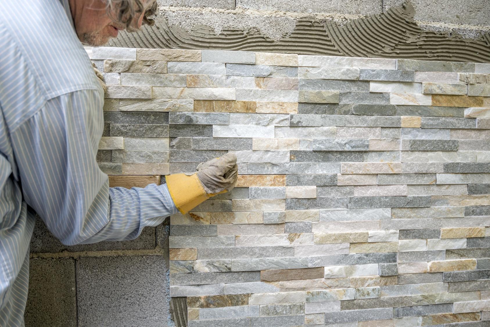 Comment Habiller Un Mur Interieur poser des pierres de parement