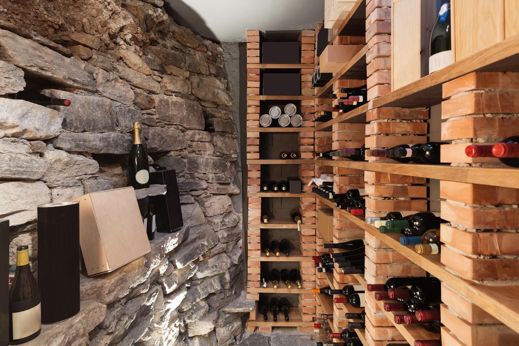 Isoler Une Cave A Vin réussir l'aménagement d'une cave à vin