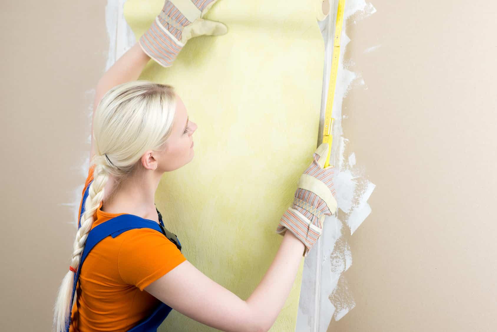 Lessiver Un Mur Avant Peinture préparer un mur avant papier peint