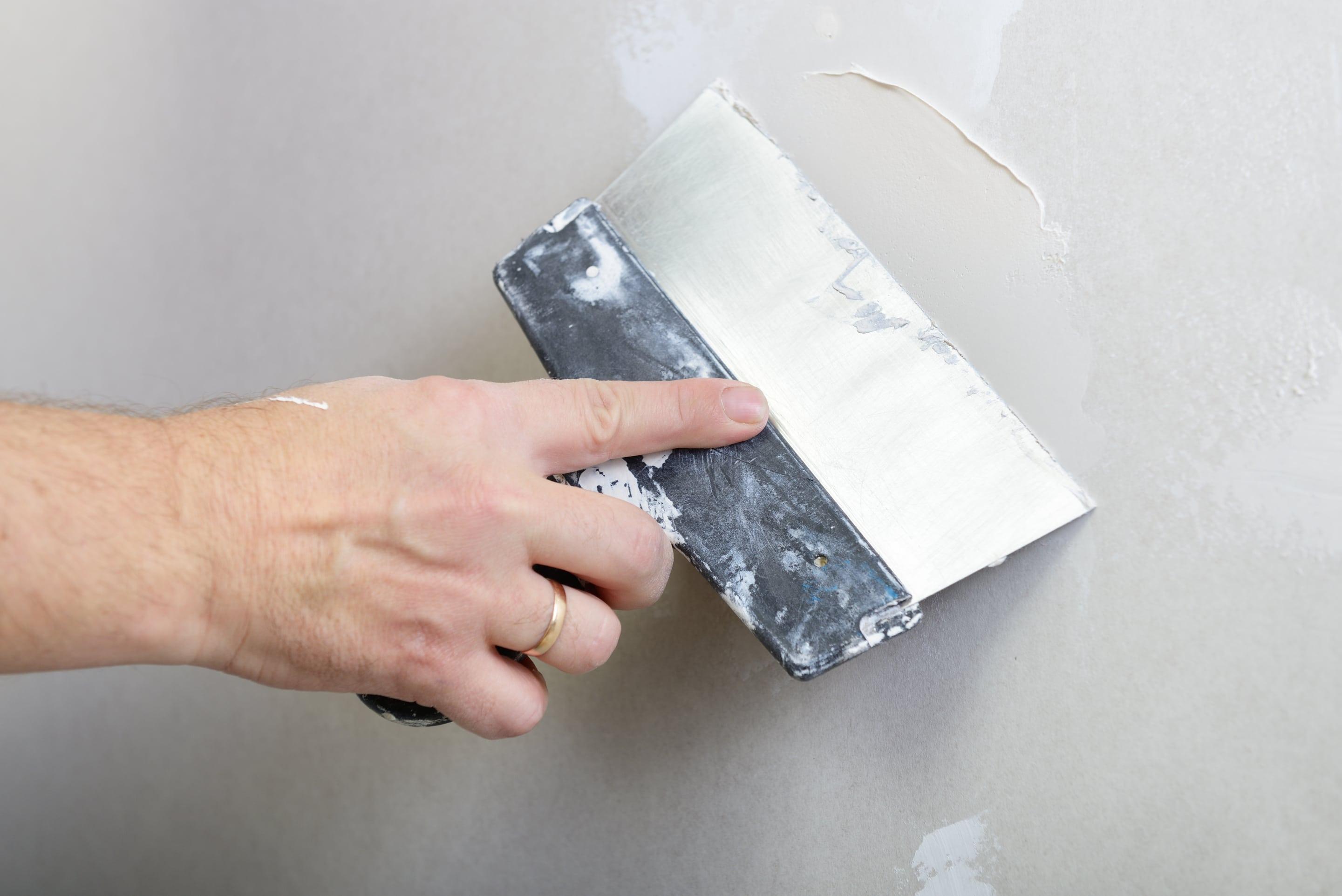 Comment Enlever Une Cheville Placo reboucher un trou dans le placo