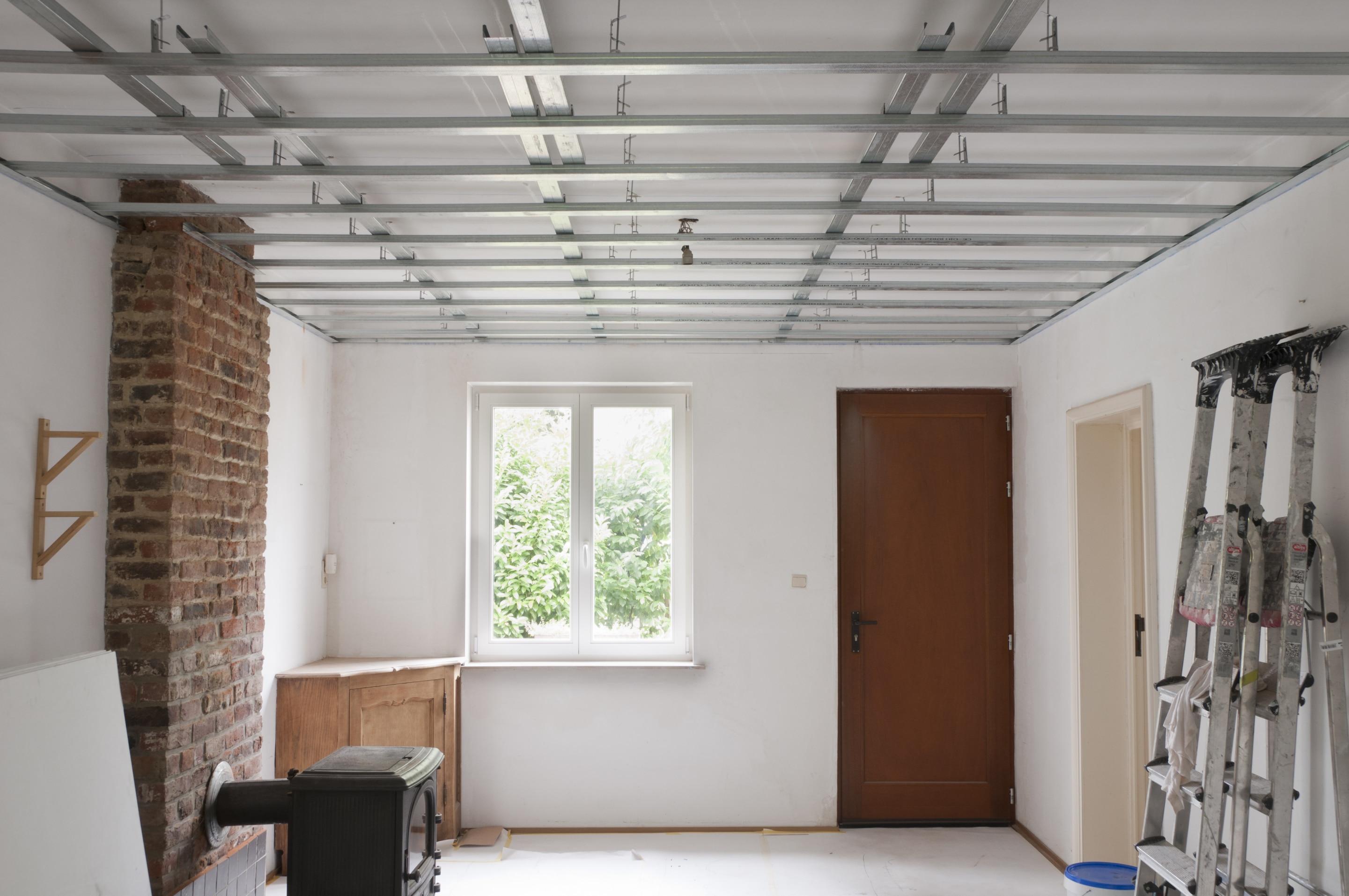 Faux Plafond Suspendu En Dalles Isolantes prix d'un faux plafond au m2
